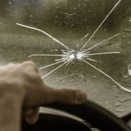 5 Signs You May Need To Replace Your Windscreen
