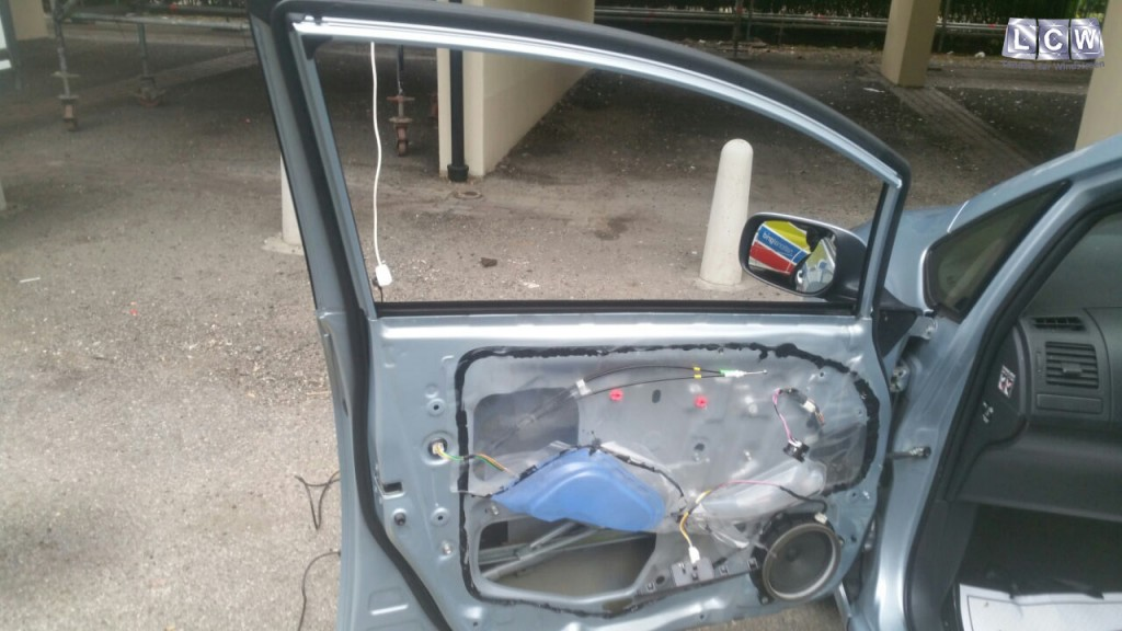 Toyota Door Glass And Windscreen Repair And Replacement