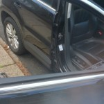 volkswagen tiguan door glass before replacement 1